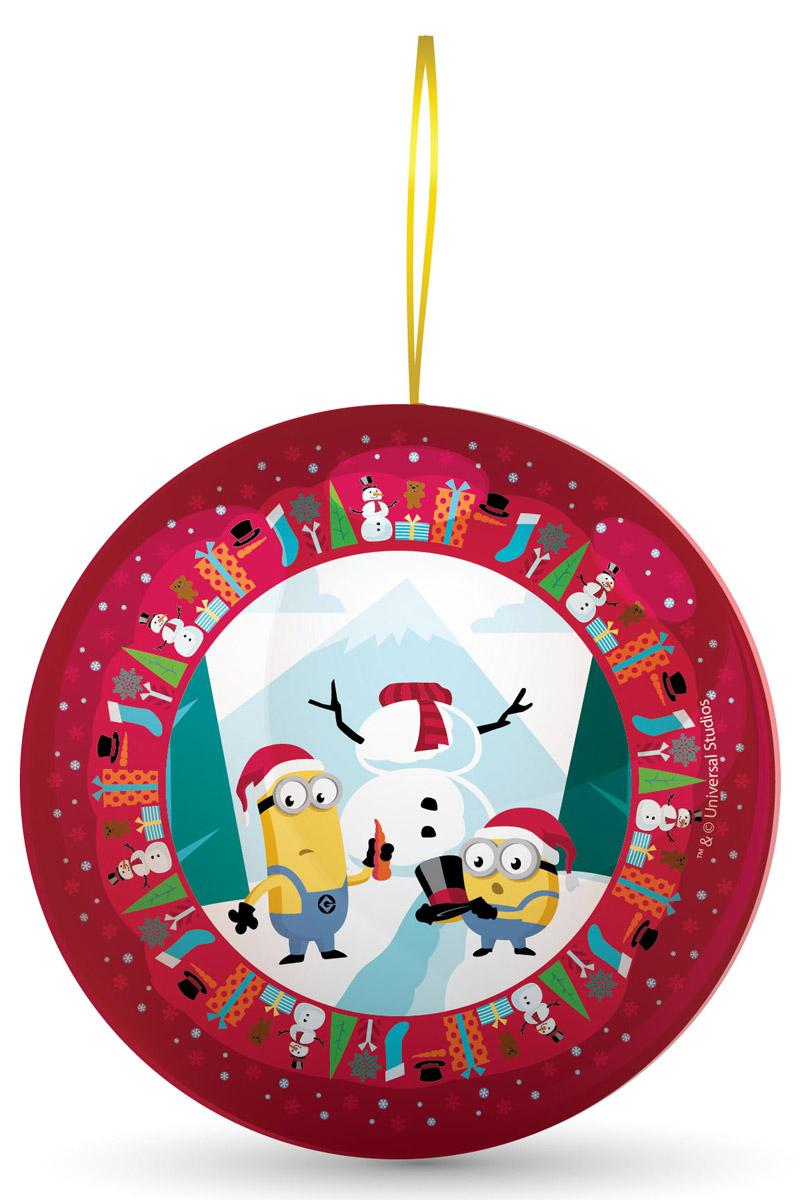 Сладкая Сказка Миньоны красный подарочный шар с сюрпризом, 18 гMK-52-17/MI_красныйПодарочный жестяной шар «Миньоны» - настоящий подарок к Новому году. Внутри новогоднего шара - 18 г натуральной леденцовой карамели и один из восьми коллекционных магнитов с изображением Стюарта, Кевина или Боба — героев мегапопулярной анимационной картины «Миньоны».