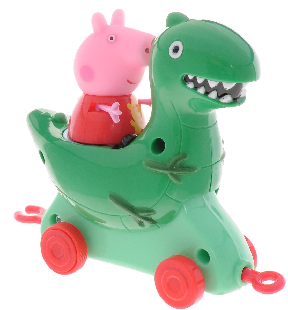 Peppa Pig Игровой набор Пеппа и Каталка Динозавр31012Игровой набор Peppa Pig Пеппа и Каталка Динозавр станет замечательным подарком для каждого поклонника мультфильма Свинка Пеппа. В наборе фигурка Пеппы и каталка-динозаврик. Привяжите веревочку к специальному держателю и посадите фигурку Пеппы на сидение, чтобы ваш малыш мог возить каталку за собой. Динозавр оборудован колесиками и покачивается во время движения. Ручки и ножки фигурки двигаются. Игрушки выполнены из высококачественного пластика. С такими фигурками малыш сможет увлеченно играть и дома, и на улице, и даже в ванне. Яркая окраска фигурок улучшает цветовое восприятие ребенка, а приятная на ощупь поверхность развивает тактильные ощущения. Порадуйте свое драгоценное чадо столь интересным и развлекательным подарком.
