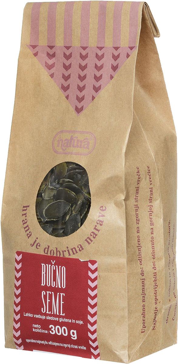 Zito Natura Семена тыквы очищенные, 300 г3400304Тыква заслуженно популярна в словенской кухне. Ее любят за вкус и возможность использовать в различных блюдах и в сочетании с другими продуктами, среди которых самый известный - масло семян тыквы. Высушенные семена тыквы содержат изобилие витаминов и минеральных веществ, особенно железа, ненасыщенных жирных кислот (омега-3) и белков. Семена тыквы Zito Natura рекомендуется добавлять в салаты, супы, каши, мюсли, а также в различные мучные изделия. Может содержать следы глютена и сои.