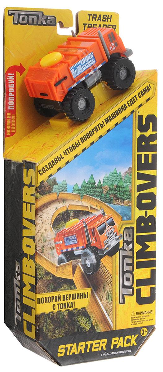 Tonka Игрушечный трек Trash Treadertrash_treader/ast51491AИгрушечный трек Tonka Trash Treader станет отличным подарком юному любителю гонок. Оранжевый джип оснащен мощными колесами, которые легко проедут через любое препятствие. А если ребенок нажмет на большую желтую кнопку, расположенную на крыше кузова, то машинка быстро помчится вперед. Собрав все элементы трека, можно устроить невероятные гонки вместе с друзьями, придумывая различные игровые сюжеты! Трек имеет семь соединяющихся деталей с элементами поворотов. Игровой трек совместим со всеми машинками и треками из серии Climb-Overs. Рекомендуется докупить 2 батарейки напряжением 1,5V типа ААА (товар комплектуется демонстрационными).