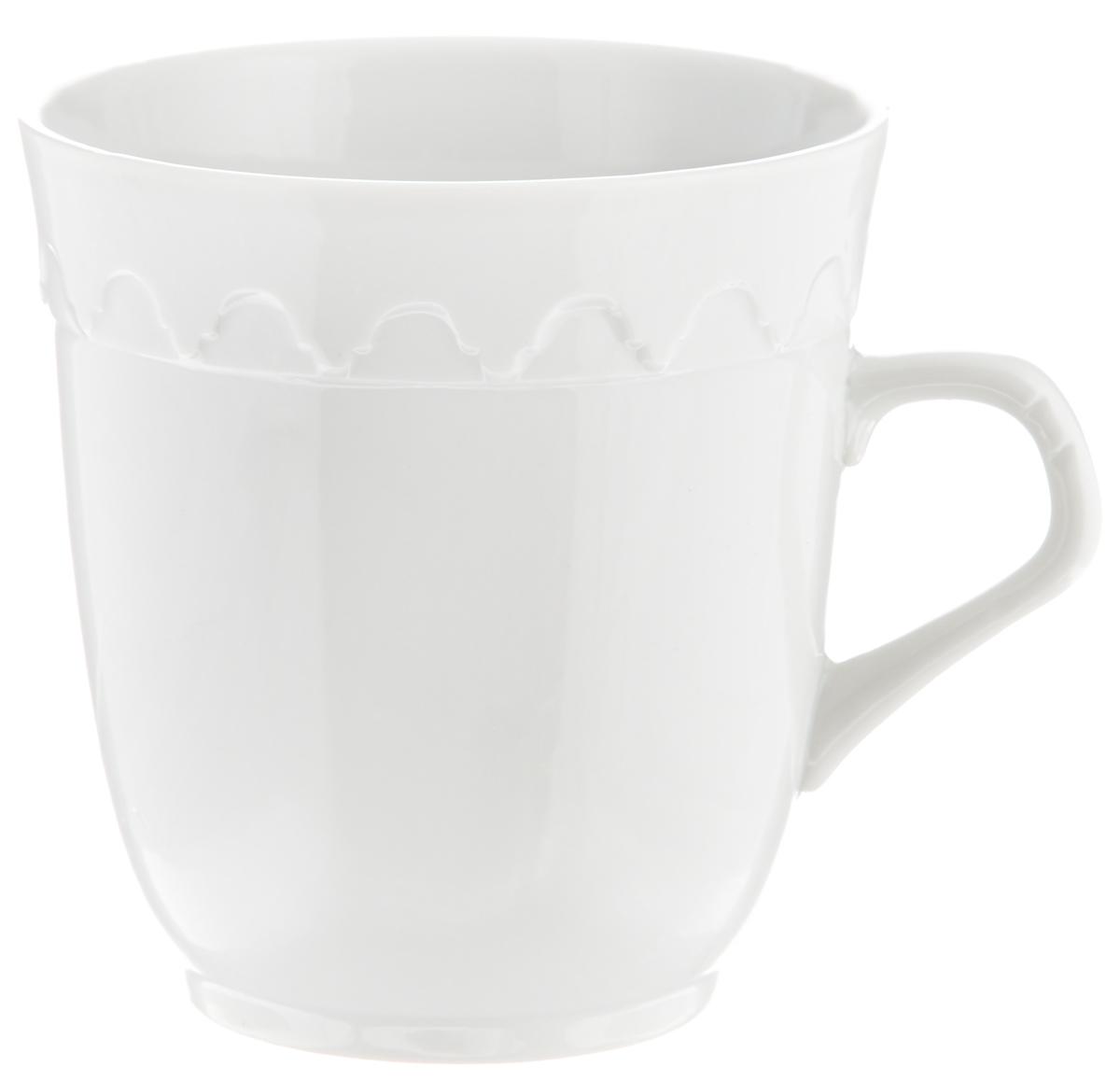 Кружка Фарфор Вербилок Арабеска, 250 мл2432000БКрасивая кружка Фарфор Вербилок Арабеска способна скрасить любое чаепитие. Изделие выполнено из высококачественного фарфора и украшено рельефом. Посуда из такого материала позволяет сохранить истинный вкус напитка, а также помогает ему дольше оставаться теплым. Объем кружки: 250 мл. Диаметр по верхнему краю: 8,5 см. Диаметр основания: 5,5 см. Высота кружки: 9 см.