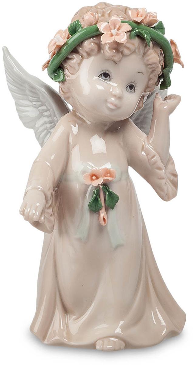 Фигурка Pavone Ангел. JP-05/ 4JP-05/ 4Фигурка Ангела высотой 16 см. Глория - предвестник удачи и фарта! Эта милая фигурка Ангел способна озарить светом любую комнату в Вашем доме. Сделанная из прочного фарфора в мягких пастельных тонах, она подойдёт в качестве подарка, как прекрасной маленькой леди, так и взрослому. Подарите себе немного света, даже в самую мрачную погоду.