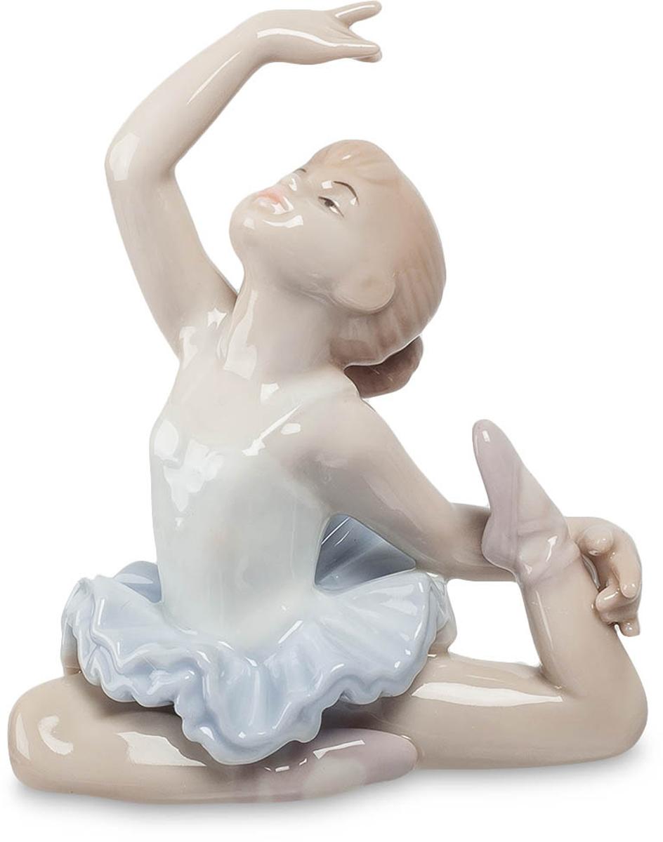 Фигурка Pavone Балерина. JP-27/15JP-27/15Фигурка Балерины высотой 9.5 см. Великие танцоры велики не из-за их техники, они велики из-за их страсти.