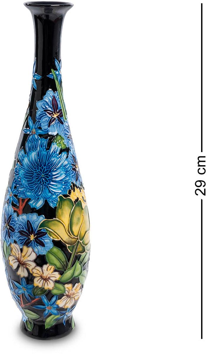 Ваза Pavone. JP-670/ 3JP-670/ 3Ваза высотой 29 см. Высокая узкая ваза рассчитана на минимальное количество цветов – один, три, ну, пять самое большее, поместится в узкое горлышко. Но и без цветов ваза красива: на фоне черной лаковой поверхности – пышная пестрота самых разных по цвету и размеру цветов – эта ваза, сама по себе, букет напоминает. Придется только подбирать цветы в соответствии с нарисованными, чтобы никакой дисгармонии не было. Прекрасный семейный подарок: пусть в доме всегда будут цветы, несущие радость, счастье и любовь!