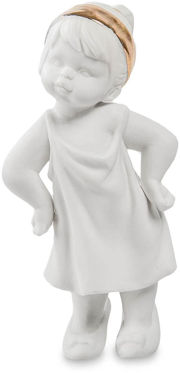 Фигурка Pavone Девочка. JP-48/12JP-48/12Фигурка Девочки высотой 11 см. Мамины туфли на дочке - признак хорошего примера!