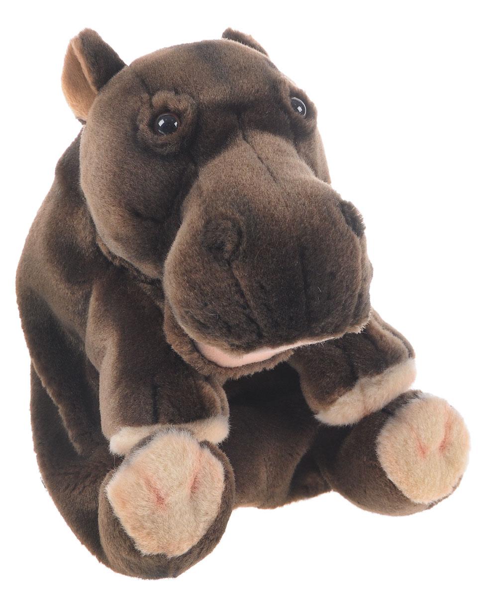 Hansa Toys Мягкая игрушка на руку Гиппопотам4037Мягкая игрушка на руку Hansa Toys Гиппопотам может стать отличным персонажем для многочисленных театральных постановок. Надев игрушечную зверушку на руку, можно будет управлять не только ее головой и корпусом, но и всеми четырьмя лапами. Игрушка выполнена из качественного искусственного меха, благодаря чему она максимально приближена к своему прототипу. Внутри игрушки имеется несколько отсеков, в которые можно поместить пальцы рук для управления игрушкой. Этот симпатичный зверек легко может стать маленьким актером в руках кукловода, который подарит ему особенный характер, манеру речи и голос.