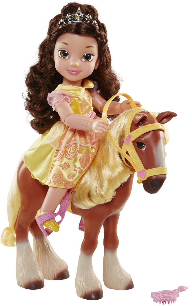 Disney Princess Игровой набор с куклой Белль и конь Филипп767000Игровой набор Disney Princess Белль и Филипп поможет вашей маленькой принцессе окунуться в сказочный мир. Набор содержит очаровательную куколку, выполненную в виде главной героини мультфильма Красавица и чудовище и ее верного коня. Белль выполнена из качественного пластика и одета в прекрасное желтое платье с блестками. На ножках куколки - желтые туфельки. У куклы прекрасные темные локоны, которые можно заплетать. Голову украшает серебристая тиара. Сверкающее платье выглядит также как в мультфильме. Филипп - конь Бельгийской ломовой породы. Он большой, добрый и трусоватый по характеру. Но он ведет себя, как настоящая лошадь в жизни. У коня светлая грива и длинный хвост, которые можно расчесывать. У куколки несколько точек артикуляции, благодаря чему, она может удобно сидеть на коне. Ваша малышка с удовольствием будет играть с набором, придумывая различные истории.
