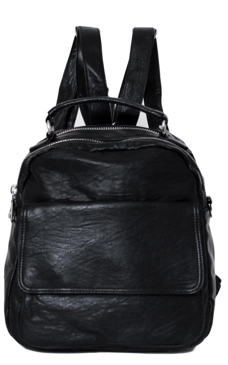 Рюкзак женский Flioraj, цвет: черный. 0005265300052653Рюкзак закрывается на молнию. Спереди карман закрывающий на клапаны, внутри два отделения, один карман на молнии и один открытый карман.