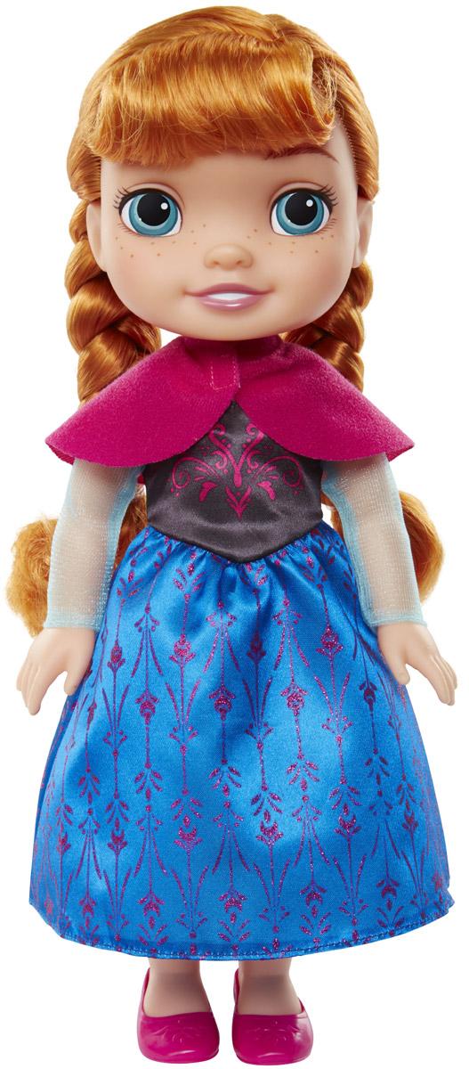 Disney Frozen Кукла Принцесса-малышка Анна989190_AnnaКукла Disney Frozen Малышка Анна непременно понравится вашей дочурке. Кукла с необыкновенно большими и выразительными глазками выполнена из безопасного материала. Одета малышка Анна в усыпанное блестками платье с подолом синего цвета. На ножках принцессы - розовые туфельки. У куклы шикарные рыжие локоны, заплетенные в две косички. Такая куколка очарует вас и вашу дочурку с первого взгляда! Ваша малышка с удовольствием будет играть с принцессой Анной, проигрывая сюжеты из мультфильма или придумывая различные истории. Порадуйте свою дочурку таким замечательным подарком!