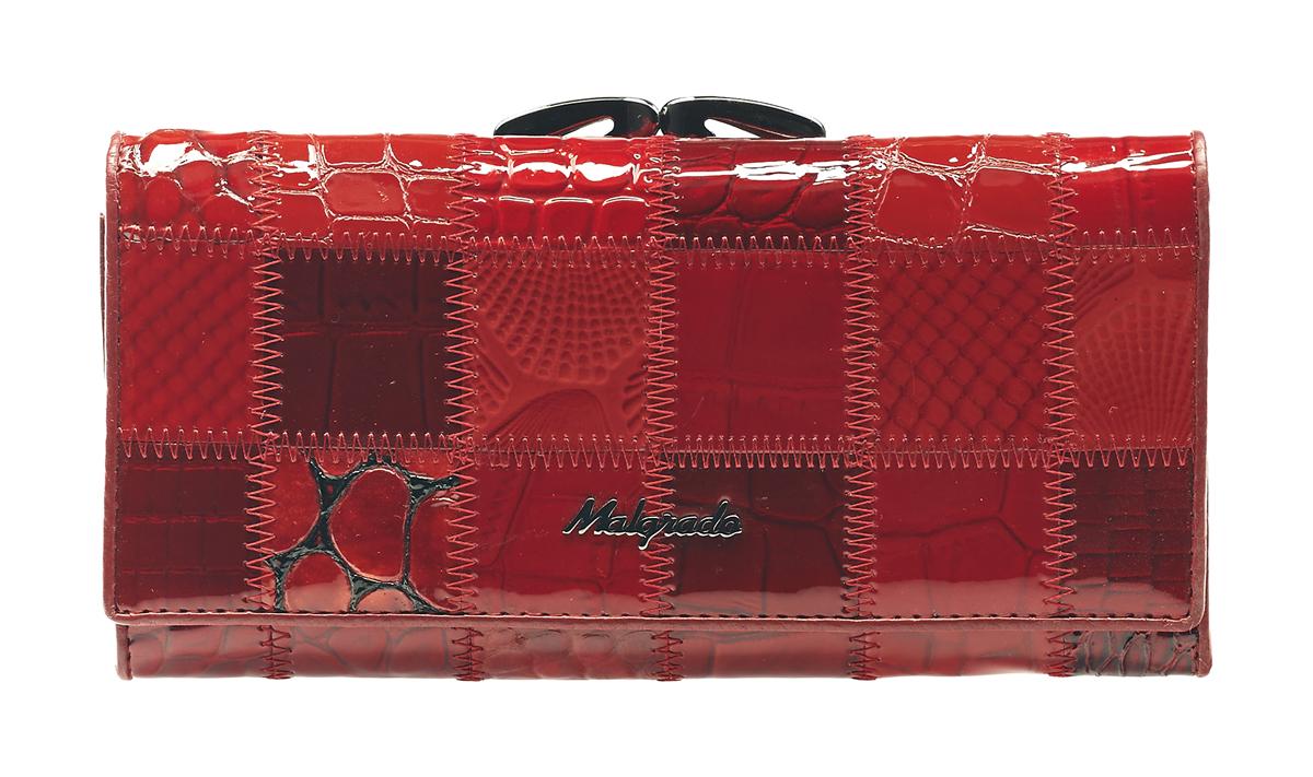 Кошелек женский Malgrado, цвет: бордовый, красный, темно-красный. 72031-3A-444A72031-3A-444AСтильный кошелек Malgrado изготовлен из натуральной кожи красного цвета с декоративным комбинированным тиснением и вмещает в себя купюры в развернутом виде в полную длину. Внутри содержит четыре отделения для купюр, одно из которых на молнии, четыре кармана для дисконтных карт, визиток, кредиток, один прозрачный кармашек, в который можно положить пропуск, проездной документ или фотографию и дополнительный потайной карман. Снаружи расположен один отдел для мелочи, который закрывается на рамочный замок. Закрывается кошелек клапаном на кнопку. Кошелек упакован в подарочную металлическую коробку с логотипом фирмы. Такой кошелек станет замечательным подарком человеку, ценящему качественные и практичные вещи. Характеристики: Материал: натуральная кожа, текстиль, металл. Размер кошелька: 18,5 см х 9 см х 3 см. Размер упаковки: 23 см х 13 см х 4,5 см. Артикул: 72031-3A-444A.