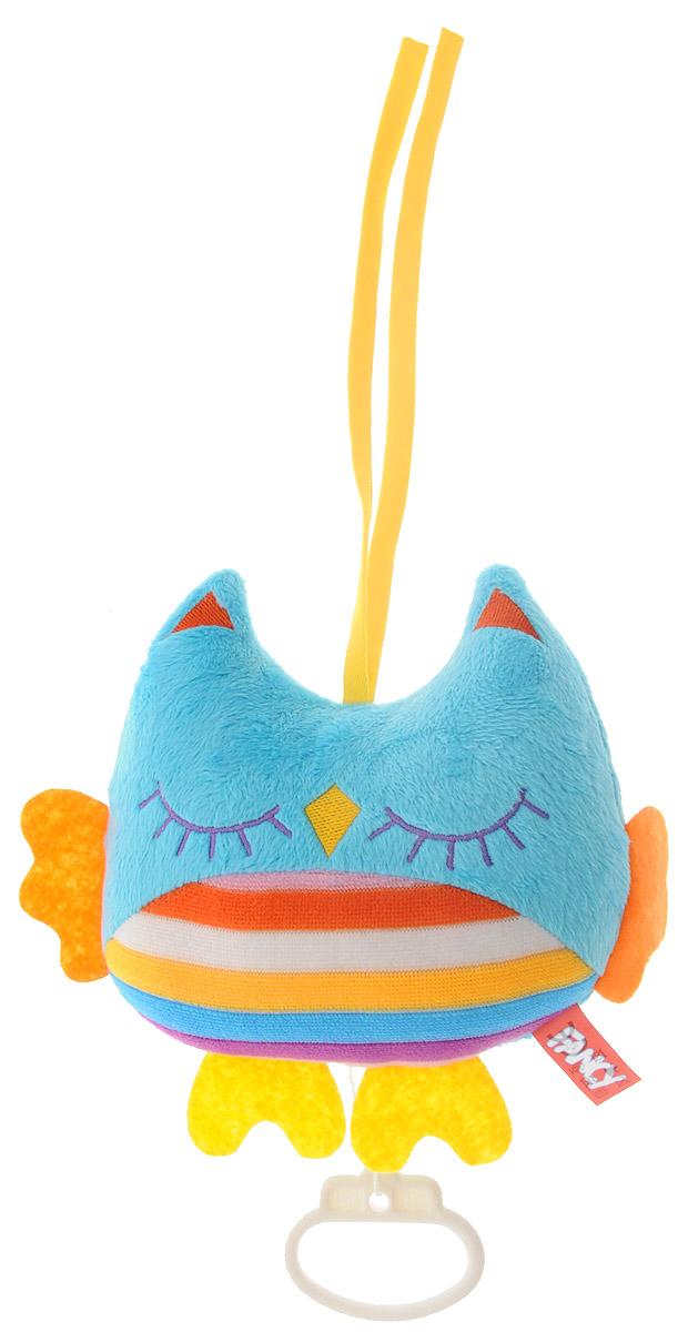 Fancy Музыкальная игрушка-подвеска СовушкаSOV0\MМузыкальная игрушка-подвеска Fancy Совушка выполнена из мягкого приятного на ощупь материала разных цветов в виде небольшой совы. Снизу к подвеске с помощью текстильного шнура крепится пластиковое кольцо. Потяните за него вниз, оно начнет медленно подниматься к игрушке под нежную колыбельную мелодию. Эта тихая музыка поможет малышу успокоиться и заснуть. Музыкальную подвеску можно прикрепить к кроватке, коляске или манежу при помощи двух текстильных веревочек. Музыкальная игрушка-подвеска поможет ребенку развить мелкую моторику рук, зрительное и слуховое восприятия, тактильные ощущения. Работает без батареек.