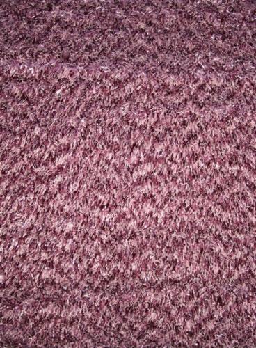 Коврик прикроватный Oriental Weavers Варна Шаг, цвет: фиолетовый, 80 х 140 см. 520 M14809Использование нитей двух оттенков придает коврам этой коллекции дополнительный объем и многоцветность. Ковер от известной Египетской фабрики Oriental Weavers подойдет для современных и классических интерьеров.