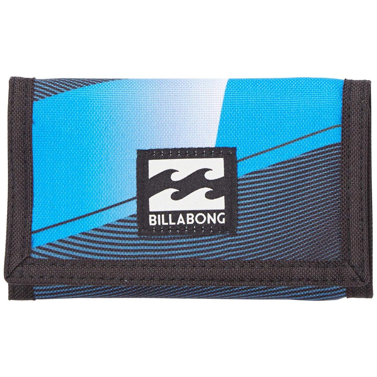 Кошелек дорожный Billabong Atom Wallet, цвет: зеленовато-голубой, 1 л. Z5WL02Z5WL02Классический тряпичный кошелек с новыми расцветками от Billabong.