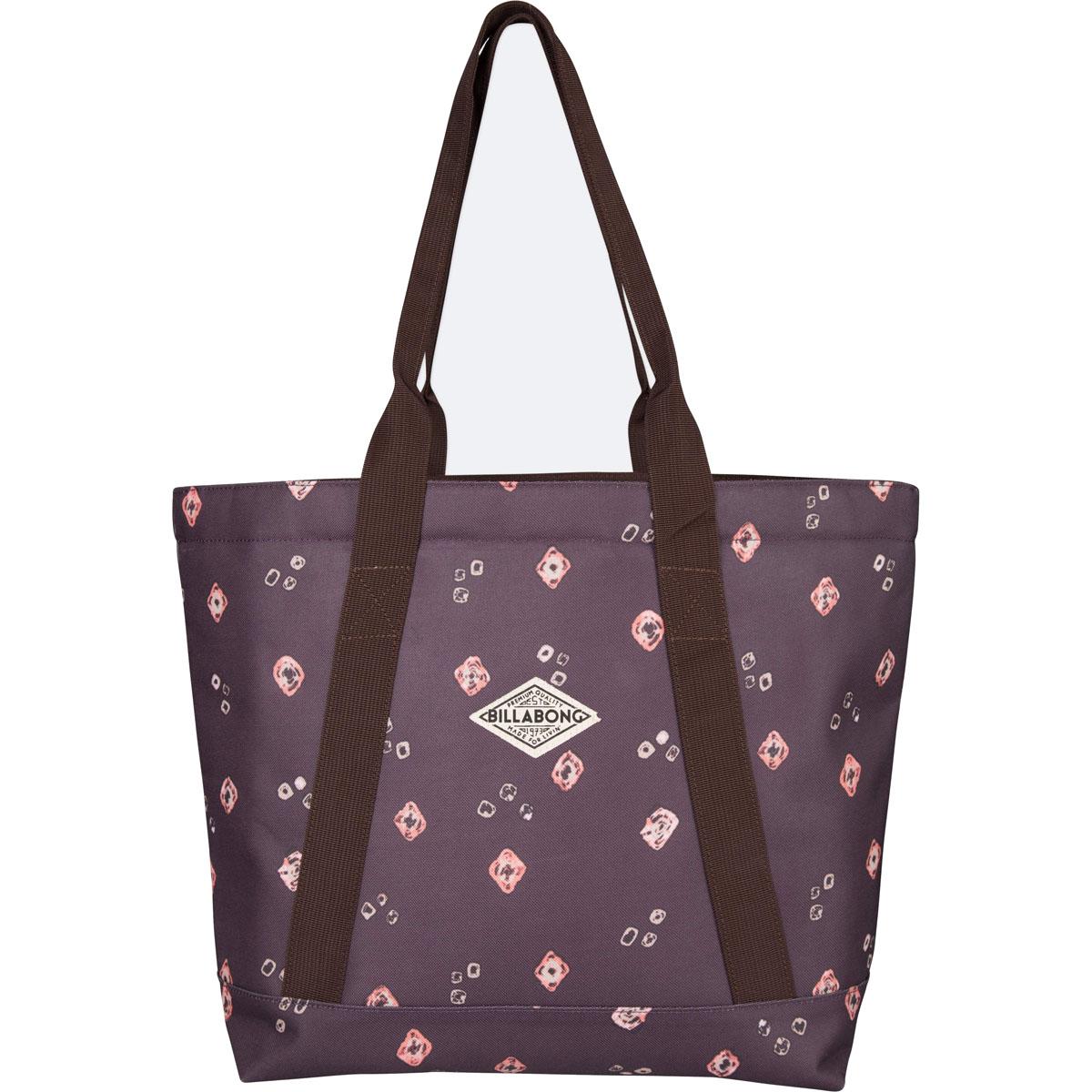 Сумка женская Billabong Erasun, цвет: светло-бордовый , 20 л. Z9BG01Z9BG01Вместительная сумка Billabong Erasun, обеспечивающая такую же вместимость, что и любимая пляжная сумка, но предлагающая городской функционал. Застежка на молнии сохранит все Ваши вещи в целости, а внутренний карман и отсек для ноутбука позволят правильно организовать пространство для переноски вещей.
