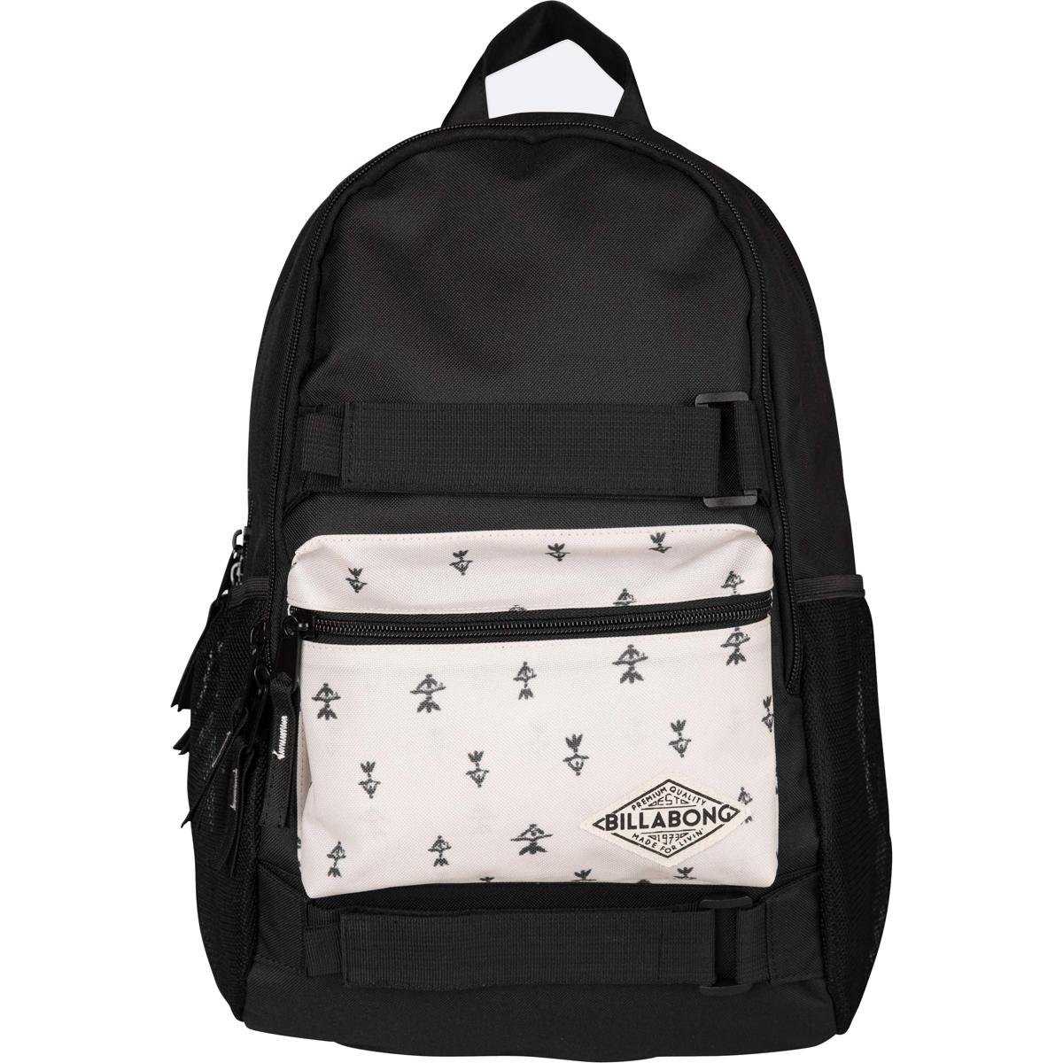 Рюкзак городской Billabong Crew, цвет: черный, 20 л. Z9BP02Z9BP02Функциональный городской рюкзак, выполненный из износостойких материалов, готовый служить Вам долгое время, сохраняя презентабельный внешний вид. Два вместительных отсека с карманом для ноутбука, а также внешний карман на молнии для мелочей. Крепления для скейта и боковые сетчатые карманы.