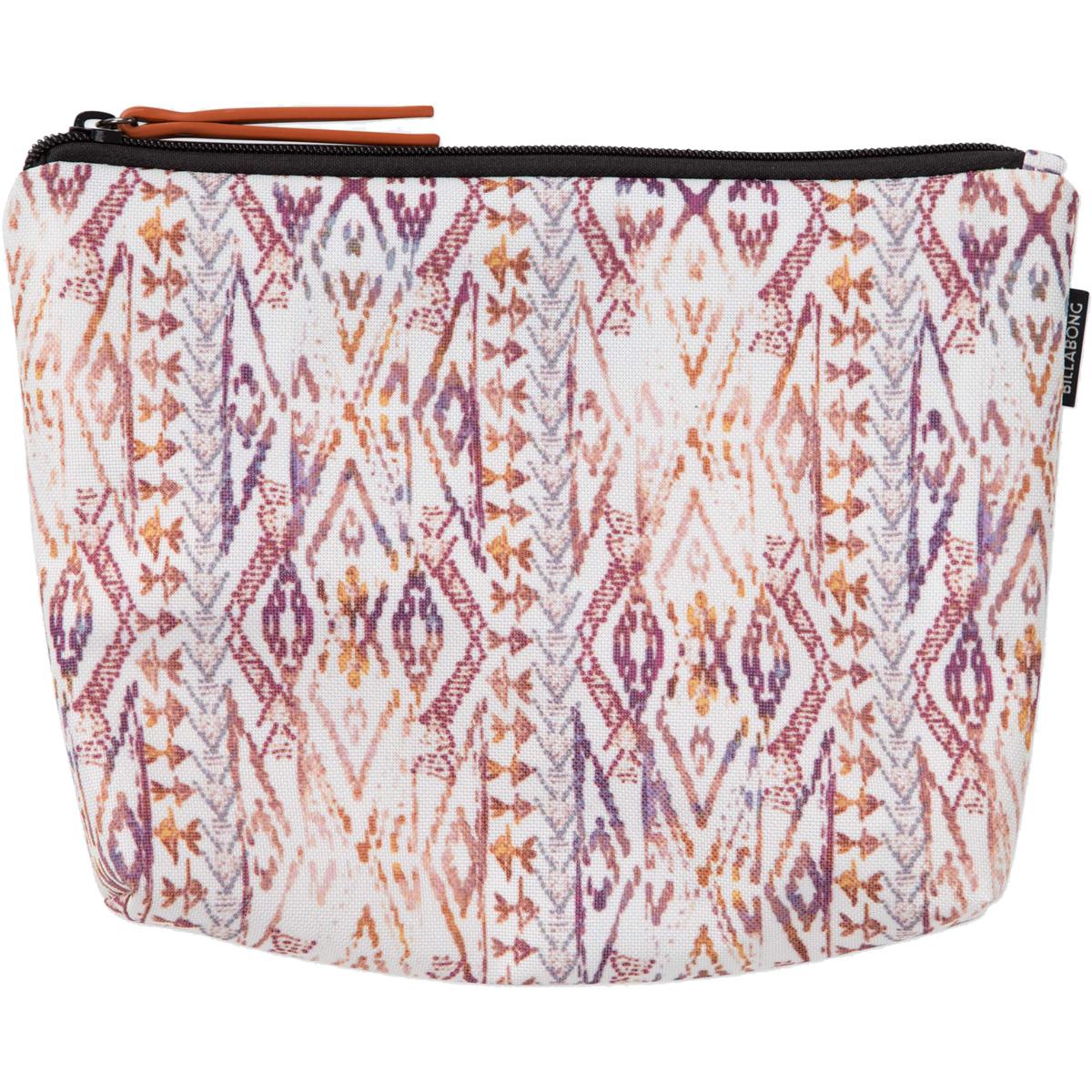 Сумка женская Billabong Diaz, цвет: синий, 3 л. Z9PE03Z9PE03Компактная женская сумка в индийском стиле. Готова стать отправной точкой Вашего женственного и, в то же время, непринужденного образа.