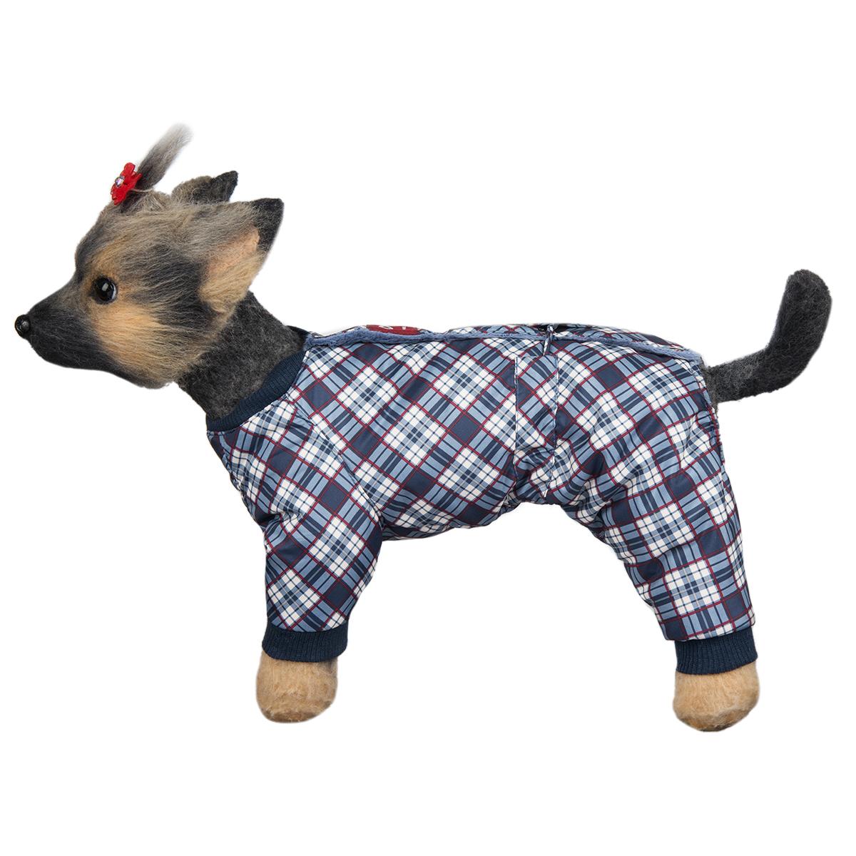 Комбинезон для собак Dogmoda Нью-Йорк, зимний, для мальчика, цвет: белый, темно-синий. Размер 1 (S)DM-160293-1Комбинезон для собак Dogmoda Нью-Йорк, оформленный ярким рисунком, отлично подойдет для прогулок в зимнее время года. Комбинезон изготовлен из водоотталкивающего полиэстера, защищающего от ветра и снега, с утеплителем из синтепона, который сохранит тепло даже в сильные морозы, а в качестве подкладки используется искусственный мех, который обеспечивает отличный воздухообмен. Комбинезон застегивается на кнопки на спинке, благодаря чему его легко надевать и снимать. Ворот, низ рукавов и брючин оснащены широкими трикотажными манжетами, которые мягко обхватывают шею и лапки, не позволяя просачиваться холодному воздуху. На пояснице комбинезон затягивается на шнурок-кулиску. Благодаря такому комбинезону простуда не грозит вашему питомцу, и он сможет испытать не сравнимое удовольствие от снежных игр и забав.