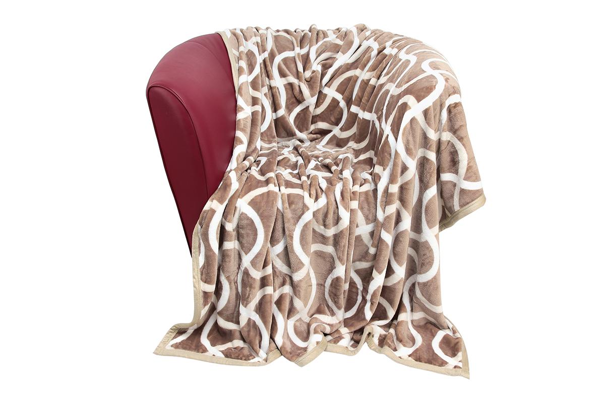 Плед EL Casa Волны, 180 х 200 см960029Уютный, легкий и прочный плед в оригинальном дизайне послужит украшением декора вашей комнаты и согреет вас и ваших близких. Устойчив к истиранию и скатыванию, не мнется, не деформируется, сохранит первоначальный вид даже при активном использовании и многочисленных стирках. Такой плед идеален в качестве подарка на любой праздник. Изделие в подарочной сумке с ручками. Плотность - 320 г/м2.