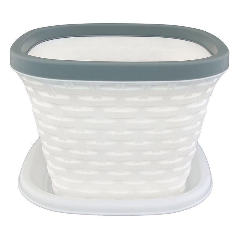 Кашпо квадратное Violet Ротанг, с поддоном, цвет: белый, 2,6 л33261/6Квадратное кашпо, выполненное из пластика, прекрасно подойдет для выращивания трав и цветов. Имитирующее плетение из ротанга кашпо имеет поддон. Объём кашпо: 2,6 л.