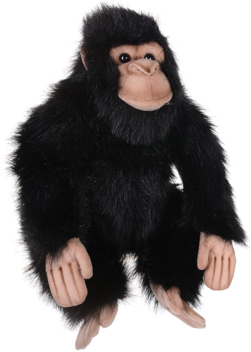 Hansa Toys Мягкая игрушка Шимпанзе 25 см2306Шимпанзе принадлежит к семейству человекообразных обезьян или гоминид отряда приматов. Шимпанзе живут в тропических лесах и влажных саваннах Западной и Центральной Африки - от Сьерра Леоне и Гвинеи на Атлантическом побережье Африки до озер Танганьика и Виктория. Живут обычно в группах, состоящих из 10-12 особей. Выросшие шимпанзе покидают стаю, чтобы создать новую группу. Шимпанзе ведут дневной образ жизни. Ночью обезьяны прячутся высоко на деревьях, устраивая себе постель из веток и листьев. Шимпанзе - единственные животные, которые могут создавать специальные инструменты, чтобы охотиться и добыть пищу. Мягкая игрушка Hansa Toys Шимпанзе обязательно понравится вам и вашему малышу, а также познакомит вас с этим животным.