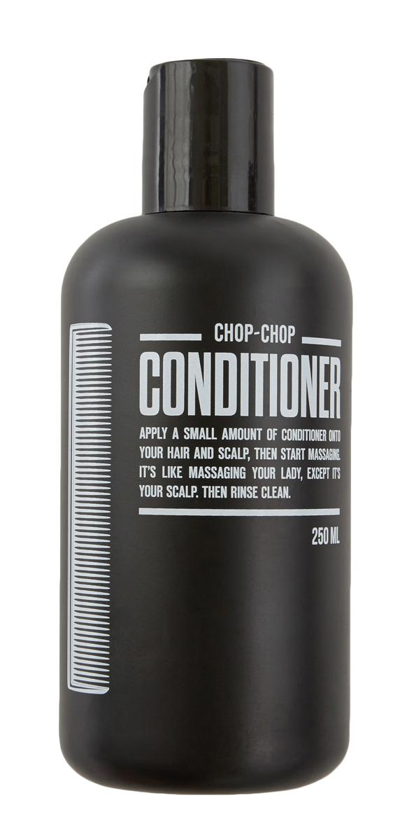 Chop-Chop Кондиционер,250 млCHPCHP.CDTRСредство для дополнительного ухода – кондиционер, смягчающий волосы и созданный, чтобы работать в паре с шампунем CHOP-CHOP. Обладает легким освежающим эффектом. Активные ингредиенты кондиционера: В основе рецептуры кондиционера освежающая композиция из 6 эфирных масел: бодрящий бергамот и лаванда в сочетании с дерзкими лаймом и мятой с добавлением свежего мускатного ореха и эвкалипта. Процентное содержание около 0,5%. Легкий ореховый аромат натурального масла ши отлично дополняет эфирную композицию. Процентное содержание более 3%. Не содержит парабены и формальдегиды.