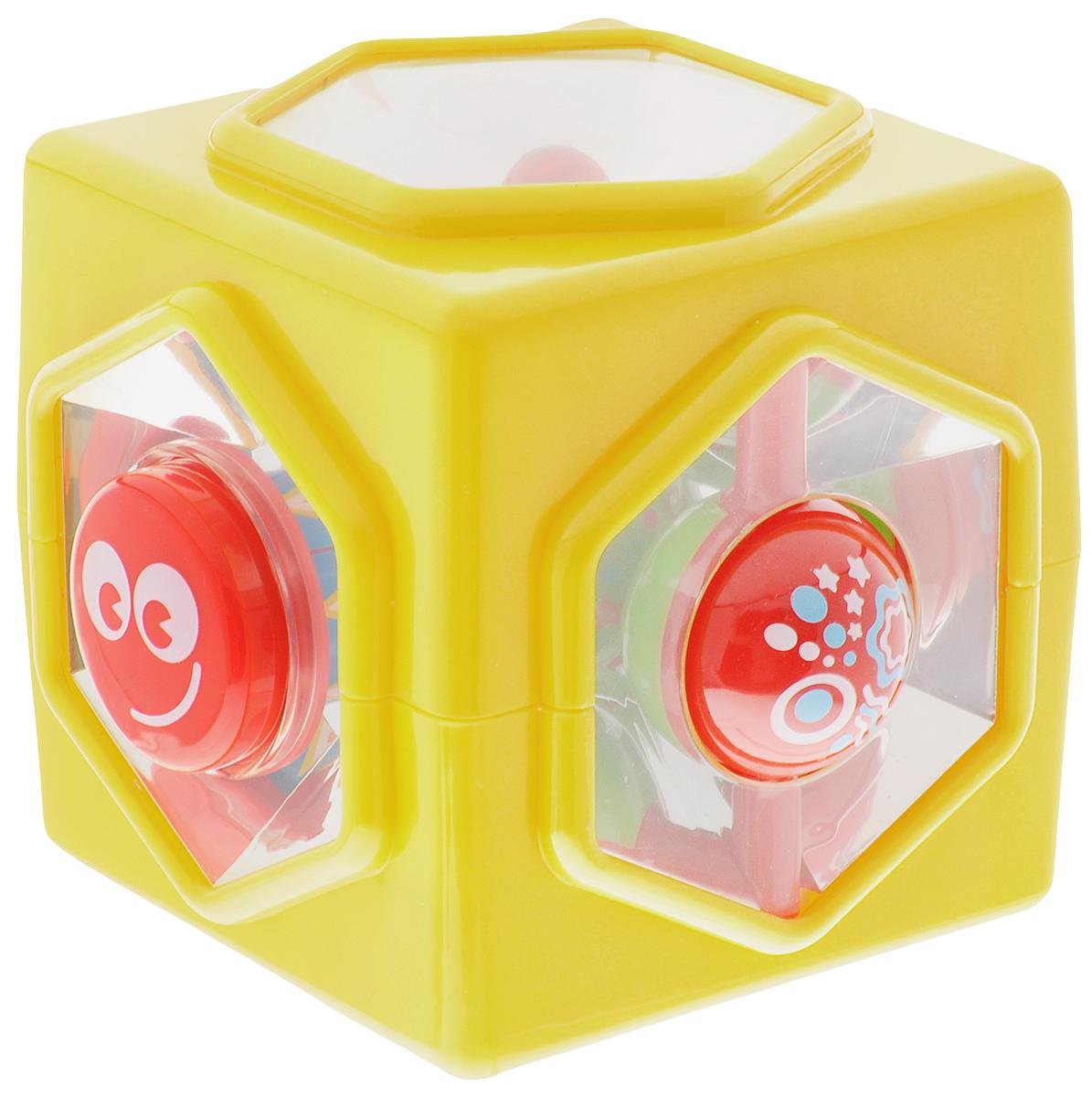 Playgo Развивающая игрушка Мульти-куб 5 в 1Play 1760Развивающая игрушка Playgo Мульти-куб. 5 в 1 предлагает малышу справиться сразу с пятью заданиями, направленными на развитие логического мышления, мелкой моторики и сенсорики. На пяти гранях куба имеются развлекательные и в то же время весьма полезные загадки, которые ребенок будет с увлечением пытаться разрешить. Задания подобраны с учетом возраста, поэтому не окажутся чересчур сложными или трудоемкими. Преимуществом является тот факт, что загадки кубика можно разгадывать бесконечно, поскольку всегда можно найти верное решение по-разному. Данная развивающая игрушка предназначена для детей возрастом от 6 месяцев.