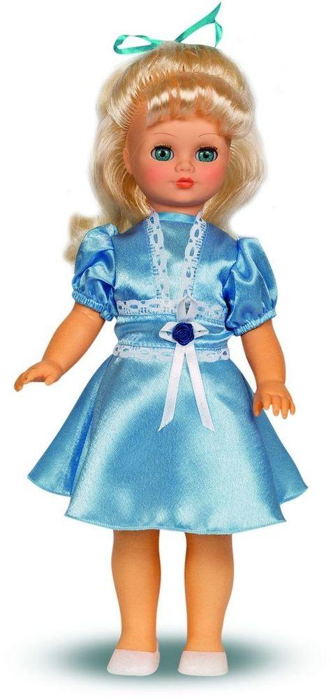 Весна Кукла Лиза озвученная В1896/оВ1896/оУ красавицы Лизы прекрасные голубые глаза и длинные золотистые волосы. На ней надето нарядное голубое платье из атласа и белые туфельки. У Лизы закрываются глазки, и она умеет разговаривать. При нажатии на звуковое устройство, вставленное в спинку, кукла произносит следующие фразы: -Привет! Давай потанцуем. -Я люблю музыку. -Возьми меня за ручки. -Покружись со мной. -Как здорово! -А сейчас спой мне песенку. -А другую песенку… -Мне очень нравится! Очаровательная кукла Весна покорит сердце любой девочки! Обаятельный внешний вид и прелестные одежки игрушечных красавиц вызывают только самые добрые и положительные эмоции. Куклы производятся на российских фабриках из нетоксичных, безопасных для детей материалов. Они отличаются высоким качеством, проработанностью деталей и гармоничными пропорциями тела. Голова и ручки кукол изготовлены из эластичного винила, очень приятного на ощупь, а туловище и ножки - из прочной пластмассы. У кукол густые мягкие волосы, которые можно мыть,...
