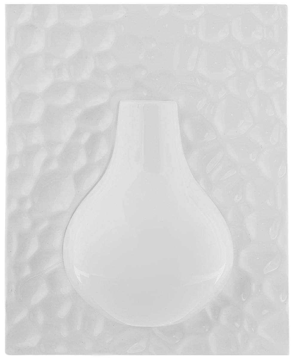 Ваза настенная House & Holder, высота 26 смYDY17245Оригинальная настенная ваза House & Holder, выполненная из керамики, украсит интерьер вашего дома или офиса. Вы можете повесить вазу в любом месте, где она будет удачно смотреться и радовать глаз. Такая ваза подойдет и для цветов, и для декора интерьера. Кроме того - это отличный вариант подарка для ваших близких и друзей.