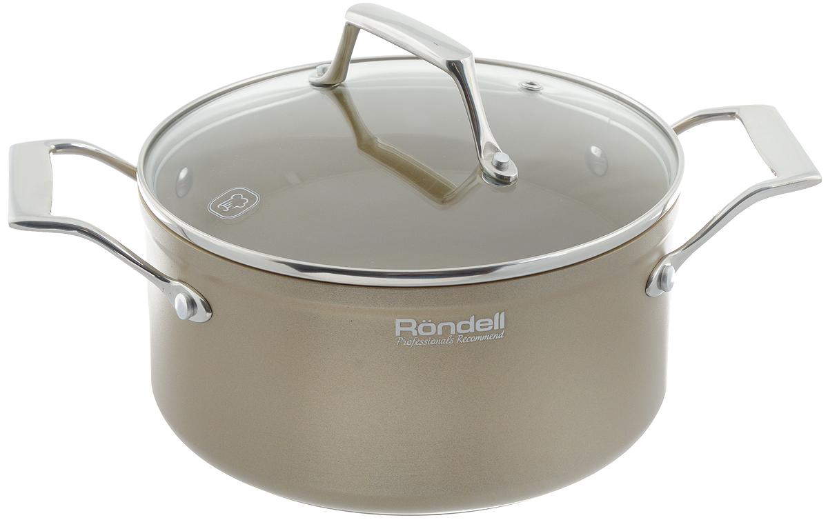Кастрюля Rondell Champange с крышкой, с антипригарным покрытием, 3 лRDA-521Кастрюля Rondell Champange выполнена из высококачественного кованного алюминия с утолщенным дном и стенками. Посуда прекрасно сохраняет температуру и идеально подходит для блюд, требующих длительного приготовления. Кроме того, вы будете приятно удивлены, что на такой кастрюле можно обжаривать продукты на большом огне. Внутренне антипригарное покрытие TriTitan Spectrum на основе титана абсолютно безвредно, не содержит PFOA. С таким долговечным покрытием вы сможете использовать металлические лопатки. Крышка выполнена из термостойкого стекла позволяет контролировать процесс приготовления без потери тепла. Внешнее покрытие изысканного цвета гарантирует безупречный внешний вид посуды и легкий уход за поверхностью. В комплект входит буклет с рецептами от шефа. Подходит для всех видов плит, включая индукционные. Можно мыть в посудомоечной машине. Допустило появление пятен от использования насыщенных приправ и соусов (соевый,...