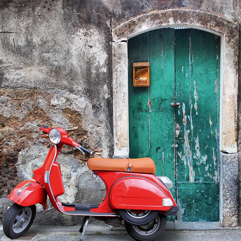 Картина Postermarket Красный скутер, 30 х 30 см. AG 30-50AG 30-50