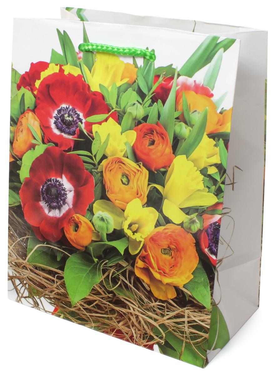 Пакет подарочный МегаМАГ Цветы, 18 х 22,7 х 10 см. 2130 M2130 MПодарочный пакет МегаМАГ, изготовленный из плотной ламинированной бумаги, станет незаменимым дополнением к выбранному подарку. Для удобной переноски на пакете имеются две ручки-шнурки. Подарок, преподнесенный в оригинальной упаковке, всегда будет самым эффектным и запоминающимся. Окружите близких людей вниманием и заботой, вручив презент в нарядном, праздничном оформлении.