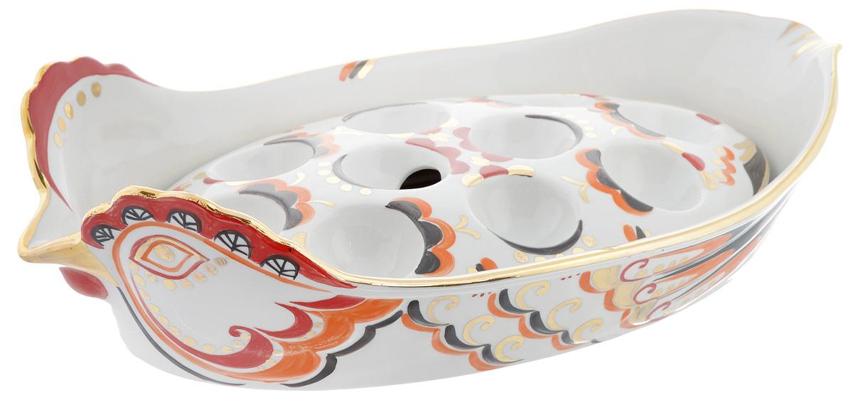 Блюдо для заливного Фарфор Вербилок Курочка Ряба26420000Блюдо для заливного Фарфор Вербилок Курочка Ряба станет прекрасным украшением праздничного стола. Изящный дизайн и красочность оформления придутся по вкусу и ценителям классики, и тем, кто предпочитает современный стиль. Изделия выполнены из высококачественного фарфора и представляют собой блюдо для заливного и подставку для 10 яиц, которые можно использовать как вместе, так и отдельно. Такие изделия красиво оформят праздничный стол и создадут особое настроение. Диаметр выемки для яйца: 4 см. Размер подставки: 26 х 14 см. Размер блюда: 34 х 18 см. Высота стенки блюда: 4,5 см.
