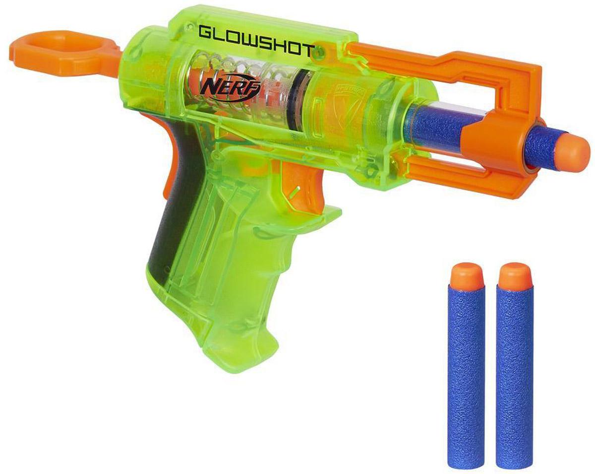 Nerf Бластер Glowshot цвет оранжевый салатовыйB4615EU4_оранжевый/салатовыйБластер Nerf Glowshot - это детское оружие, которое приведет в восторг любого поклонника захватывающих сражений. Бластер имеет салатовый корпус, курок и спусковой крючок оранжевого цвета - такой дизайн делает оружие невероятно стильным. Бластер можно применить в фантазийном сражении с инопланетянами, монстрами или же просто оттачивать свое мастерство в совершении наиболее точных выстрелов по мишени. В комплекте с бластером идут три патрона с мягким корпусом и пластиковой верхушкой. Такое строение снаряда делает его легким и мягким, поэтому ребенок не поранится во время игры. Необходимо купить 2 батарейки напряжением 1,5V типа ААА (не входят в комплект).