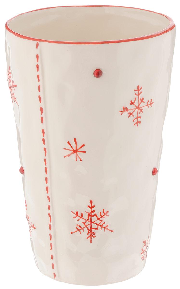 Ваза House & Holder, цвет: белый, красный, высота 18,5 смDSF11A501-2RЭлегантная ваза House & Holder, изготовленная из керамики, украшена снежинками и стразами. Такое оформление делает ее изящным украшением интерьера. Ваза House & Holder дополнит интерьер офиса или дома и станет желанным и стильным подарком. Размер вазы: 18,5 х 12 х 12 см. Объем: 1 л.