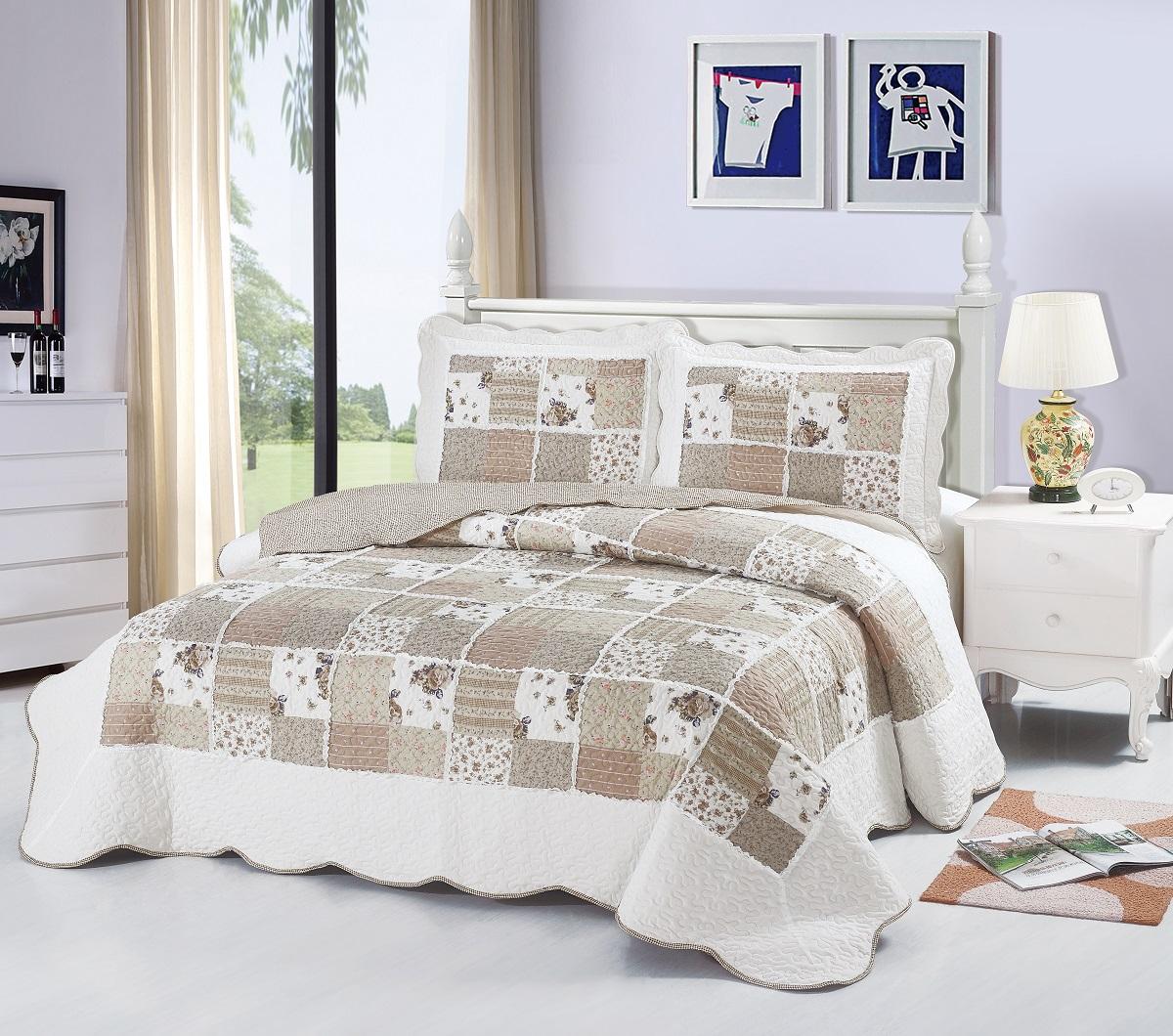 Комплект для спальни Karna Modalin. Пэчворк: покрывало 230 х 250 см, 2 наволочки 50 х 70 см, цвет: белый, бежевый5022/CHAR010Изысканный комплект Karna Modalin. Пэчворк прекрасно оформит интерьер спальни или гостиной. Комплект состоит из двухстороннего покрывала и двух наволочек. Изделия изготовлены из микрофибры. Постельные комплекты Karna уникальны, так как они практичны и универсальны в использовании. Материал хорошо сохраняет окраску и форму. Изделия долговечны, надежны и легко стираются. Комплект Karna не только подарит тепло, но и гармонично впишется в интерьер вашего дома. Размер покрывала: 230 х 250 см. Размер наволочки: 50 х 70 см.