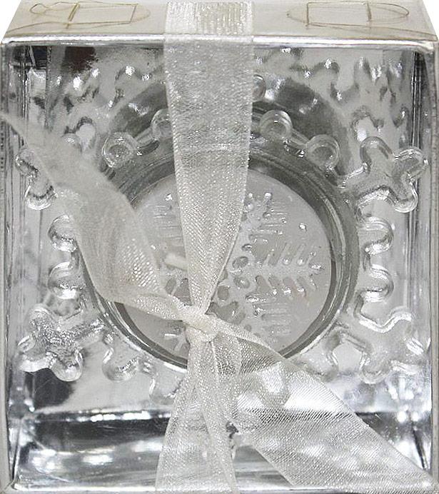 Подсвечник декоративный Lillo, со свечой, высота 2,5 смLil 88014Декоративный подсвечник Lillo, изготовленный из стекла, выполнен в виде снежинки. В комплекте предусмотрена чайная свеча, обладающая приятным ароматом. Оба предмета упакованы в красивую подарочную упаковку. Вы можете поставить подсвечник в любом месте, где он будет удачно смотреться, и радовать глаз. Кроме того - это отличный вариант подарка для ваших близких и друзей в преддверии Нового года. Размеры подсвечника: 7,3 х 8,5 х 2,5 см.