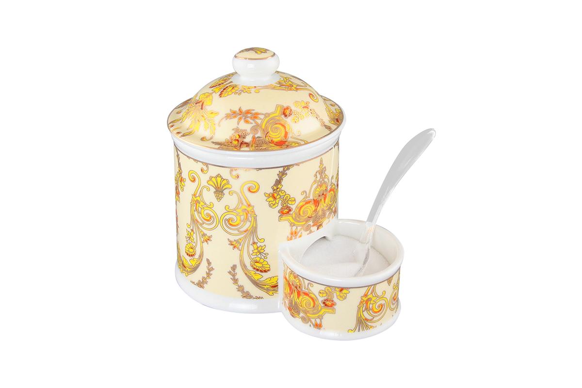 Банка для соли Elan Gallery Узор золотой, с ложкой, 350 мл503794Банка для соли с ложкой великолепная идея для подарка, которому обрадуется любая хозяйка, заботящаяся о домашнем уюте и комфорте! Банка отличается оригинальным дизайном и функциональностью. Объем 350 мл.