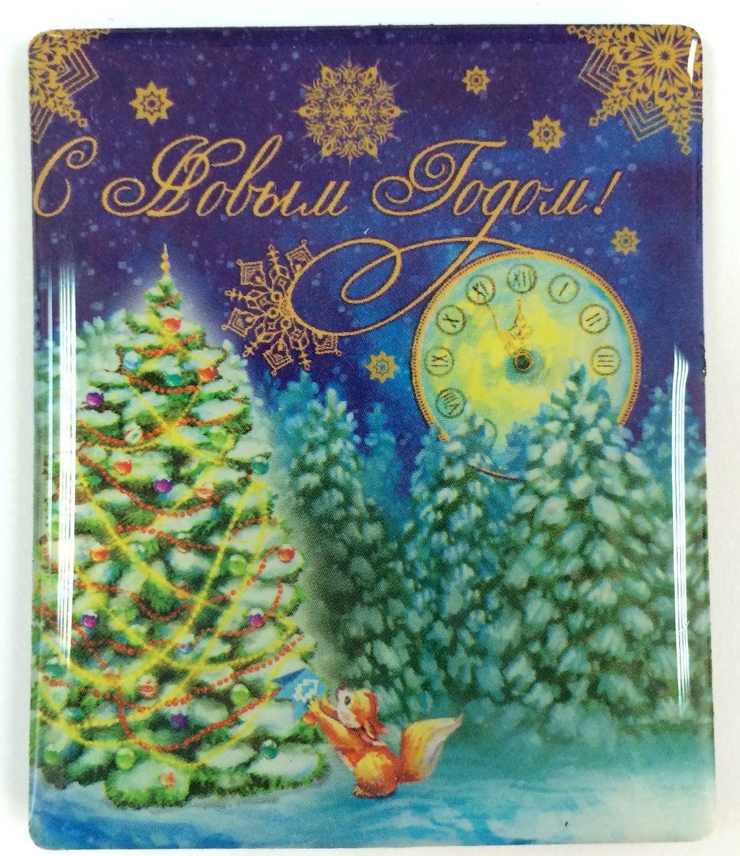 Магнит декоративный Magic Time Белочка в лесу, 6 х 5 см. 3837138371Магнит Magic Time Белочка в лесу, выполненный из агломерированного феррита, прекрасно подойдет в качестве сувенира к Новому году или станет приятным презентом в обычный день. Магнит - одно из самых простых, недорогих и при этом оригинальных украшений интерьера. Он поможет вам украсить не только холодильник, но и любую другую магнитную поверхность. Материал: агломерированный феррит.