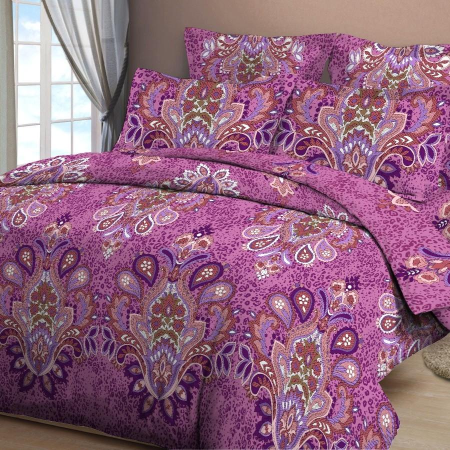 Комплект белья Letto, 2-спальный, наволочки 70х70, цвет: розово-бордовыйB132-4Комплект белья Letto, выполненный из бязи (100% хлопка), состоит из пододеяльника, простыни и двух наволочек. Бязь - хлопчатобумажная ткань полотняного переплетения без искусственных добавок. Большое количество нитей делает эту ткань более плотной, более долговечной. Высокая плотность ткани позволяет сохранить форму изделия, его первоначальные размеры и первозданный рисунок. Приобретая комплект постельного белья Letto, вы можете быть уверенны в том, что покупка доставит вам и вашим близким удовольствие и подарит максимальный комфорт.