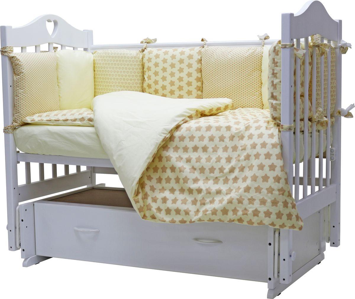 Топотушки Комплект детского постельного белья 12 месяцев цвет желтый 6 предметов4650070989161Комплект детского постельного белья Топотушки 12 месяцев включает все необходимые элементы для детской кроватки. Комплект создает для вашего ребенка уют, комфорт и безопасную среду с рождения; современный дизайн и цветовые сочетания помогают ребенку адаптироваться в новом для него мире. Комплект Топотушки 12 месяцев хорошо вписывается в интерьер как детской комнаты, так и спальни родителей. Как и все изделия, данный комплект отражает самые последние технологии, является безопасным для малыша. Преимущества: качество материала обеспечивает легкость стирки и долговечность; мягкий бортик защитит малыша от сквозняков и убережет от возможных ударов о бортики кроватки. Борт по всему периметру кроватки состоит из двенадцати частей, высота по периметру 30 см, изголовье 30 см. Наполнитель борта - холлофайбер. Одеяло абсолютно гипоаллергенно, воздушное и легкое, имеет хорошую теплоустойчивость. Легко стирается и не теряет свой объем. Подушка абсолютна гипоаллергенна, ее высота...