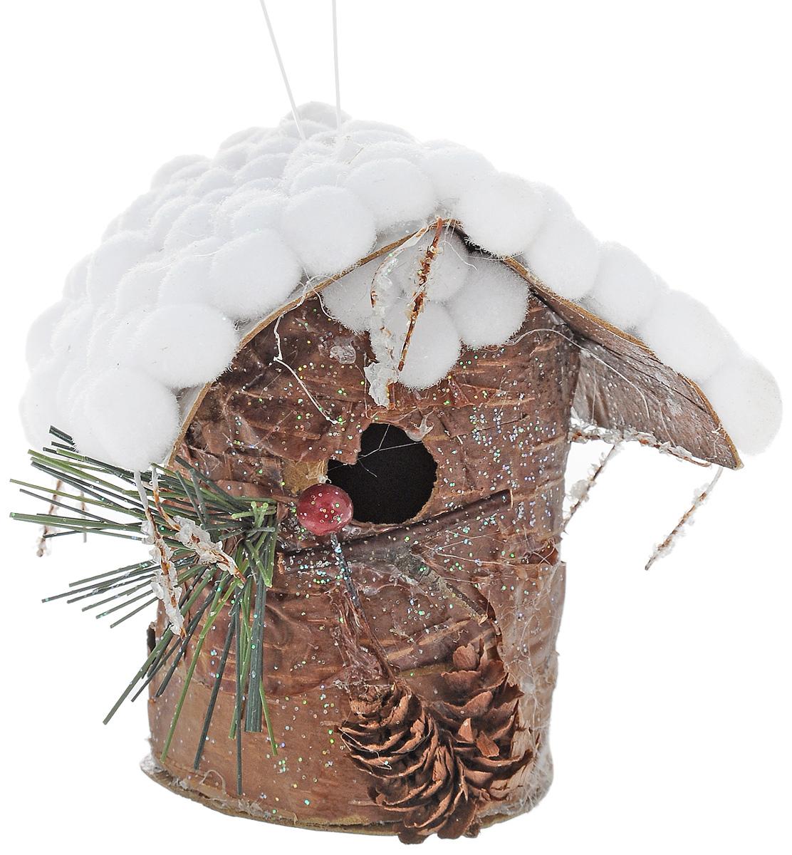 Украшение новогоднее подвесное Winter Wings Скворечник. Лесная сказка, высота 10,5 смN180380Новогоднее украшение Winter Wings Скворечник. Лесная сказка выполнено из полимерного материала. С помощью специальной петельки украшение можно повесить в любом понравившемся вам месте. Но, конечно, удачнее всего оно будет смотреться на праздничной елке. Елочная игрушка - символ Нового года. Она несет в себе волшебство и красоту праздника. Создайте в своем доме атмосферу веселья и радости, украшая новогоднюю елку нарядными игрушками, которые будут из года в год накапливать теплоту воспоминаний.
