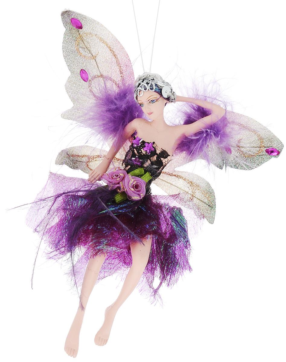 Украшение декоративное подвесное Winter Wings Фея, высота 15 см. N181725N181725Новогоднее подвесное украшение Winter Wings Фея выполнено из полирезина в виде очаровательной феи с крыльями. Изделие оформлено перьями, стразами и блестками. С помощью специальной петельки украшение можно повесить в любом понравившемся вам месте. Но, конечно, удачнее всего оно будет смотреться на праздничной елке. Елочная игрушка - символ Нового года. Она несет в себе волшебство и красоту праздника. Создайте в своем доме атмосферу веселья и радости, украшая новогоднюю елку нарядными игрушками, которые будут из года в год накапливать теплоту воспоминаний. Размер: 15 х 5 см. Высота: 15 см.