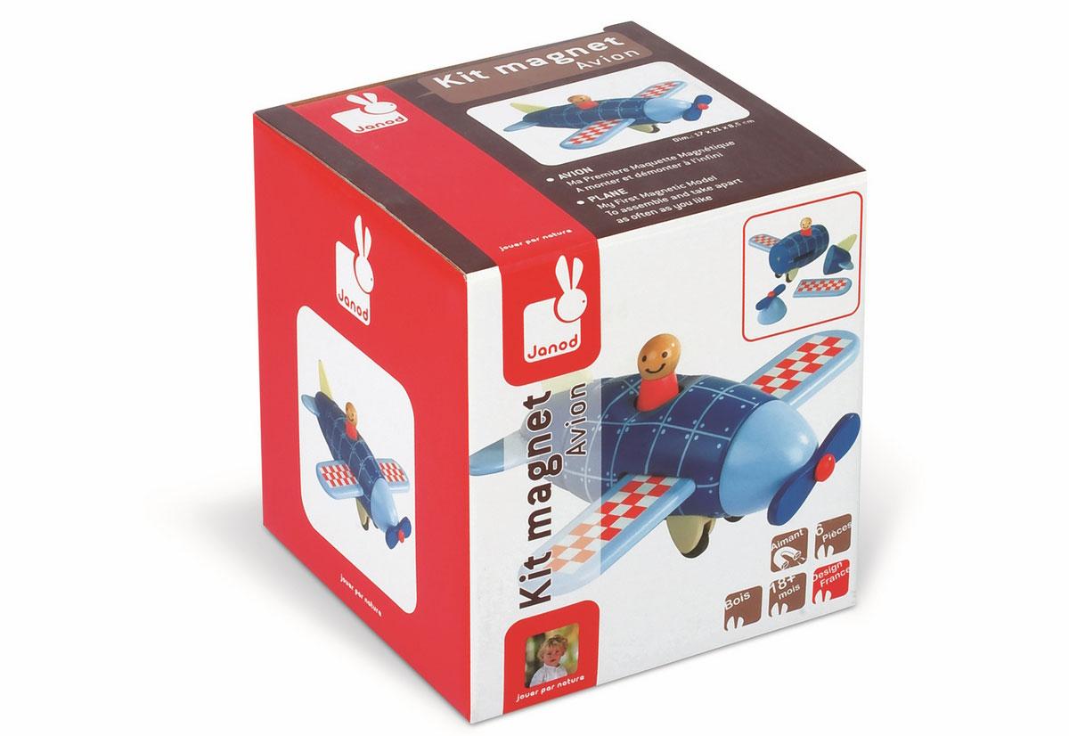 Janod Конструктор СамолетJ05205Конструктор Janod Самолет состоит из элементов, которые соединяются друг с другом при помощи магнитов. Сложите элементы правильно и получите яркий самолет! Эта игрушка очень понравится детям, ведь складывать целое из частей так интересно! Конструктор развивает у детей логическое мышление и мелкую моторику.