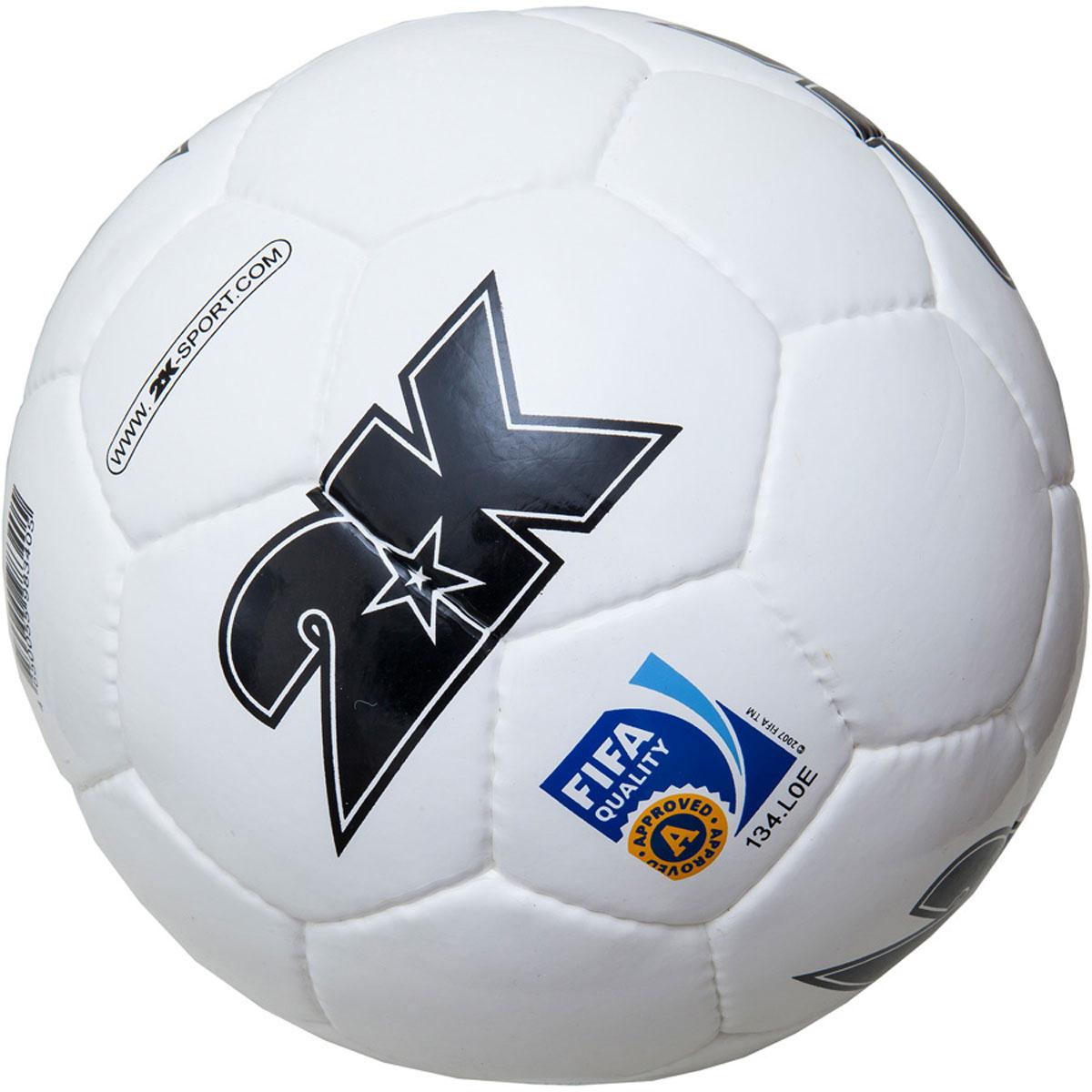 Мяч футбольный 2K Sport Elite, цвет: белый, черный. Размер 5127053Профессиональный футбольный мяч 2K Sport Elite одобрен FIFA для проведения соревнований высшей категории. Мяч состоит из 32 панелей ручной сшивки. Швы проклеены для герметизации. Мяч выполнен из переливающегося ламинированного полиуретана. Имеется три подкладочных слоя из эксклюзивной ткани - смеси хлопка с полиэстером. Идеально сбалансированная бесшовная камера изготовлена из натурального латекса. Сертификат FIFA Approved.