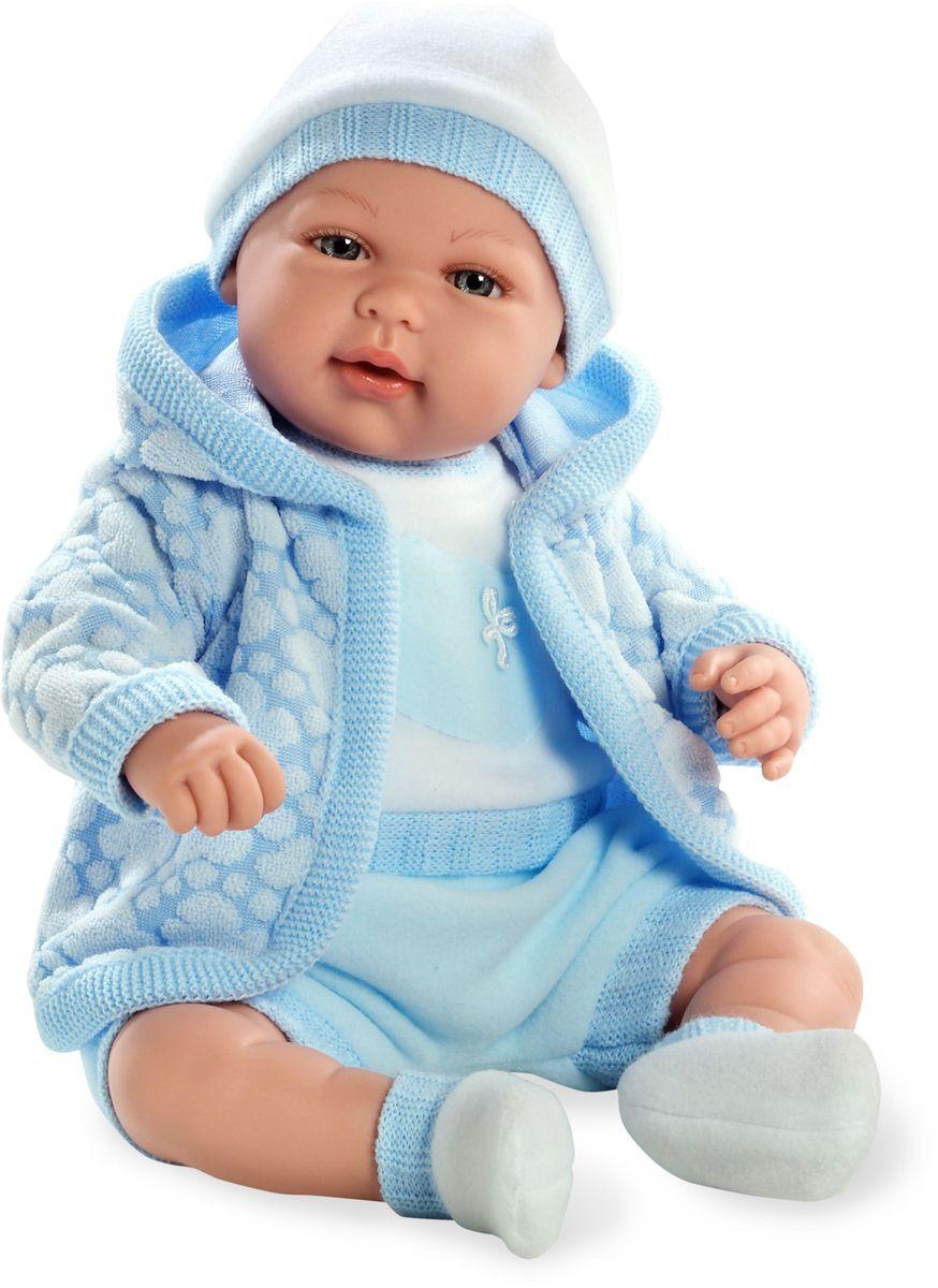 Arias Пупс озвученный Elegance цвет одежды голубой Т59790Т59790Пупс Arias Elegance - отличный подарок вашей малышке. Пупс с мягконабивным телом и виниловыми ручками, ножками и головой одет в теплую курточку, костюмчик и шапочку. Функционал - плач. Высота пупса - 45 см. В комплект входит соска. Куклы Arias - это удивительный микс долгой семейной традиции необычайно красивого дизайна и стремления создавать лучший в своей категории продукт. Талантливые мастера испанской фабрики Arias создали премиальную коллекцию кукол под названием Elegance (Элеганс) - коллекцию, вдохновленную самой нежностью и элегантностью. Весь процесс производства Elegance взлелеян с величайшей заботой - начиная от момента идеи дизайна каждого компонента и тщательного выбора самых качественных и натуральных материалов, до создания разнообразных кукольных лиц высочайшей детализации. Все для того, чтобы европейский продукт получился непревзойденным, уникальным, высочайшего качества ручной работы.