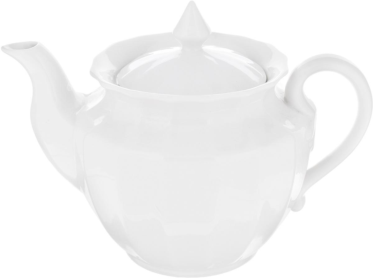 Чайник заварочный Фарфор Вербилок, 600 мл798100БЗаварочный чайник Фарфор Вербилок изготовлен из высококачественного фарфора. Изделие прекрасно подходит для заваривания вкусного и ароматного чая, а также травяных настоев. Отверстия в основании носика препятствуют попаданию чаинок в чашку. Классический дизайн сделает чайник настоящим украшением стола. Он удобен в использовании и понравится каждому. Диаметр чайника (по верхнему краю): 10 см. Высота чайника (без учета крышки): 11 см.
