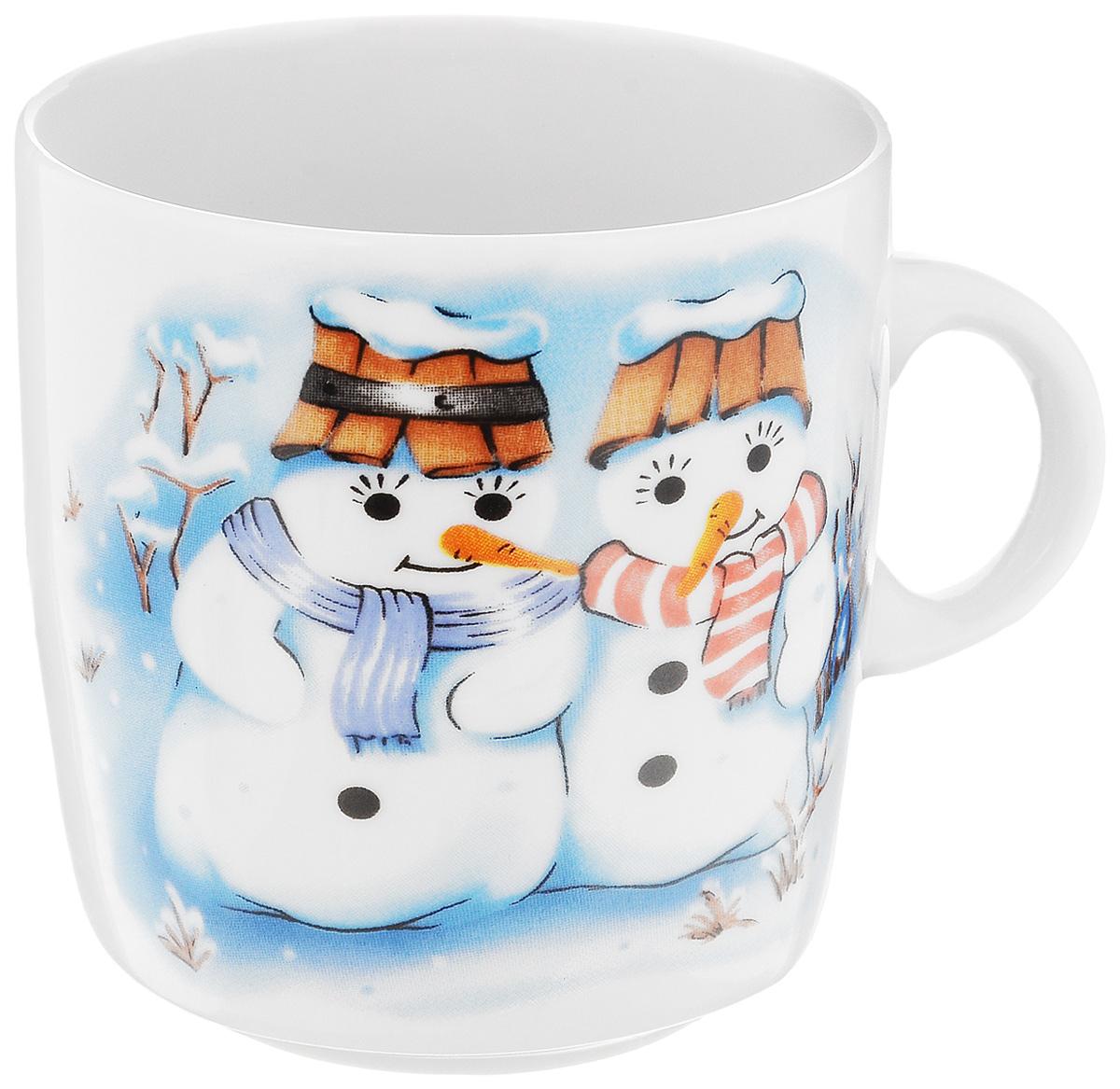 Кружка Фарфор Вербилок Снеговики, 210 мл8712140Кружка Фарфор Вербилок Снеговики способна скрасить любое чаепитие. Изделие выполнено из высококачественного фарфора. Посуда из такого материала позволяет сохранить истинный вкус напитка, а также помогает ему дольше оставаться теплым. Диаметр по верхнему краю: 7 см. Высота кружки: 7,5 см.