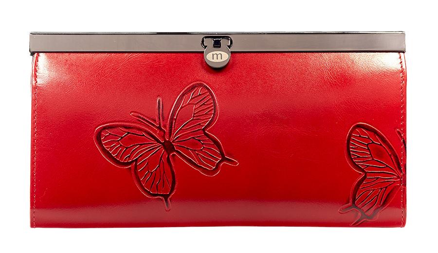 Кошелек женский Malgrado, цвет: красный. 73003-7003D73003-7003DСтильный кошелек Malgrado изготовлен из натуральной кожи красного цвета с декоративным тиснением в виде бабочек. Внутри содержит пять основных отделений, одно из которых на молнии, по три кармашка на боковых стенках для карточек, визиток или кредиток, два прозрачных кармашка для пропуска, проездного билета или фотографии. Закрывается кошелек на небольшой металлический замочек. Кошелек упакован в подарочную металлическую коробку с логотипом фирмы. Такой кошелек станет замечательным подарком человеку, ценящему качественные и практичные вещи. Характеристики: Материал: натуральная кожа, текстиль, металл. Размер кошелька: 19 см х 10 см х 2 см. Цвет: красный. Размер упаковки: 23 см х 13 см х 4,5 см. Артикул: 73003-7003D.