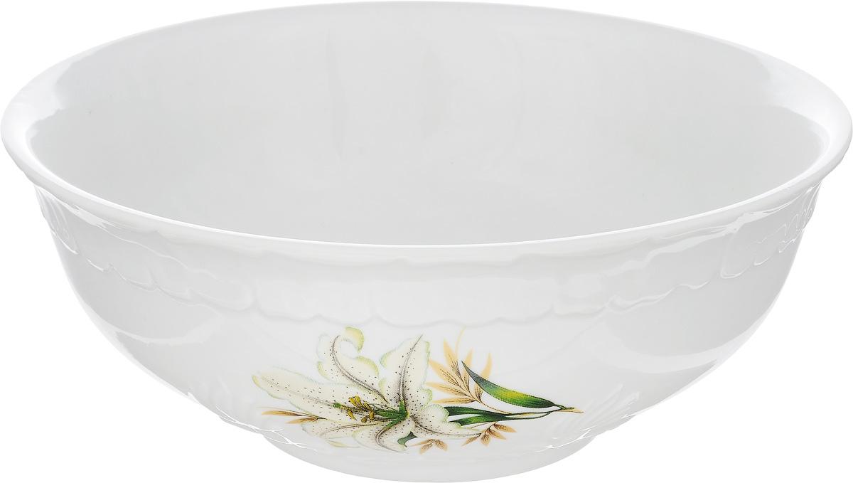 Салатник Фарфор Вербилок Белая лилия, 1,1 л21521980Салатник Фарфор Вербилок Белая лилия изготовлен из высококачественного фарфора. Внешняя стенка оформлена красочным изображением. Такой салатник будет смотреться не только стильно, но и элегантно. Он дополнит коллекцию кухонной посуды и будет служить долгие годы. Диаметр салатника (по верхнему краю): 18,5 см. Высота салатника: 7,5 см.