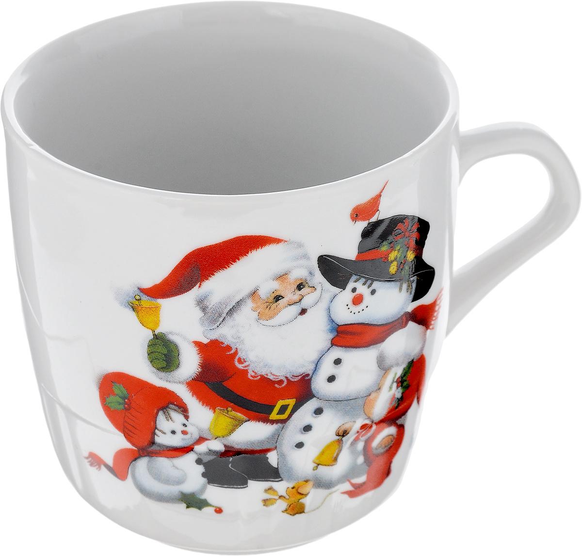 Кружка Фарфор Вербилок Дед Мороз, 250 мл5812120Кружка Фарфор Вербилок Дед Мороз способна скрасить любое чаепитие. Изделие выполнено из высококачественного фарфора. Посуда из такого материала позволяет сохранить истинный вкус напитка, а также помогает ему дольше оставаться теплым. Диаметр кружки (по верхнему краю): 8 см. Высота кружки: 8,5 см.